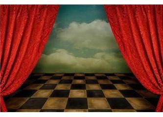 Tiyatro eleştirisi ve eleştirmenlik