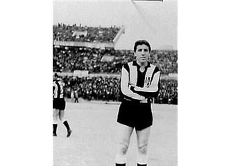 Türk Futbolu'nun acar sağaçığı K.Ahmet abiye saygı ile...
