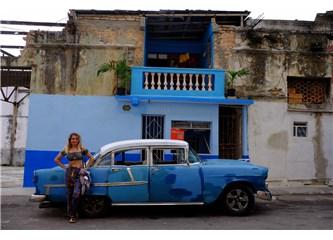 Amerikanlarla keşfedilen püfür püfür bir Havana!