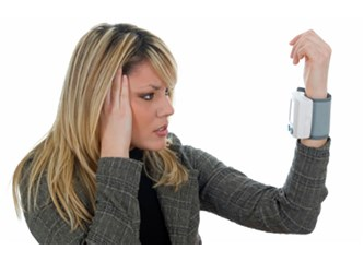 Baş Ağrınız Nedir? Migren ya da Tansiyon mu?