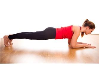 İnanılmaz faydalı Plank hareketi! spor için zamanın mı yok. ama şimdi de mazeretin yok...