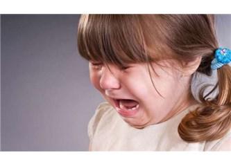Kurban psikolojisinde,çaresiz ebeveynler nasıl davranır?