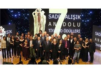 7. Sadri Alışık Ödülleri Ankara'da sahiplerini buldu.