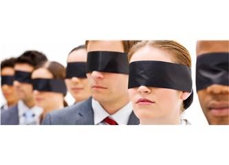 Göz bağlarımızdan kurtulmak yeterli mi?