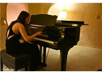 Kapadokya Bezirhane'de muhteşem Iraz Yıldız konseri