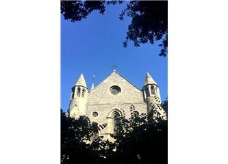 İstanbul Kiliseleri, Sinagogları & Mevlevihaneleri