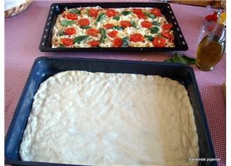 Evde pizza yapmanın pratik yolları