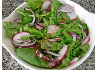 Rokanın faydaları ve roka salatası