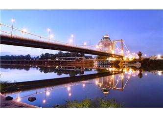 İçinden nehir akan üç şehir