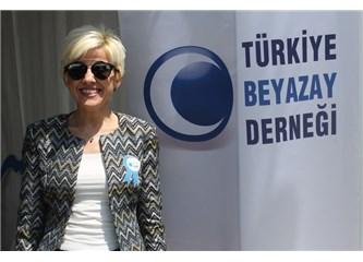 Bursa'da Beyazay resitali yaşanıyor...