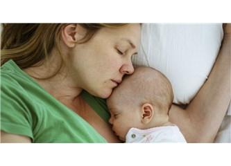"""""""Anneliği"""" yüceltmek annelere haksızlık"""