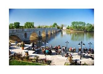 Avrupa'ya Komşu Bir Yalnız Şehir: Edirne