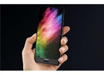 Merakla beklenen akıllı telefon en sonunda tanıtıldı!