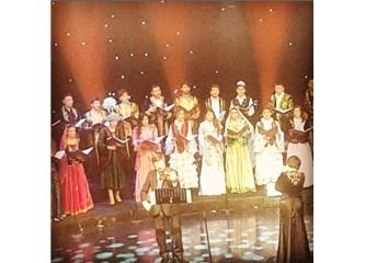 Türksoy Gençlik Korosu TRT Arı Stüdyosunda konser verdi