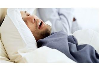 'Horlama Uyku Apnesi Belirtisidir'