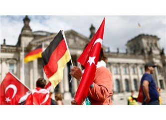"""Almanlara: """"Siz Kafayı mı Yediniz, Türkiye'de Ne İşiniz Var"""" Denilmesine Rağmen, Geldiler"""