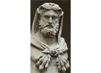 Ben Senin Babanı da Sevmezdim Edepsiz Herakles
