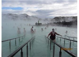 """Bir Kış Masalına, İzlanda'ya… """"Dumanların Koyu'ndan Mavi Lagüne…"""""""