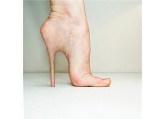 Topuklu Ayakkabı Giyerken Bel, Ayak Sağlığınızdan Olmayın