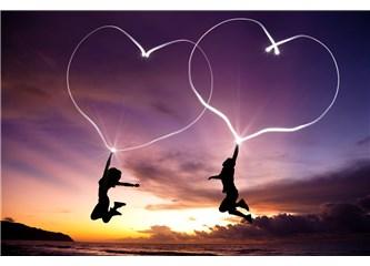 Ufak Tefek Aşk Notları