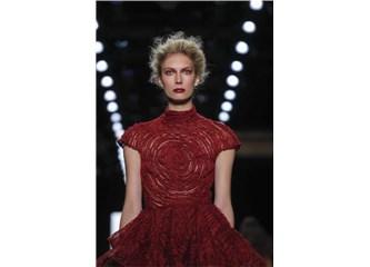 Modanın Verdiği 'Kırmızı' Alarmın Psikolojik Çağrışımları Neler?