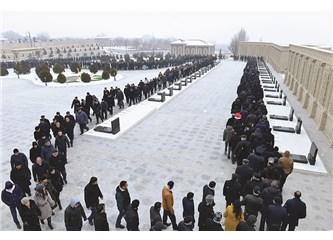 20 Ocak; Azerbaycan Türkünün Şan ve Şeref Günü
