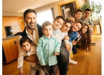 İzzet Yıldızhan'ın Üç Tane Eşinin Olması Eleştirilecek Konu Değil Ama Dokuz Çocuğu Eleştiririm