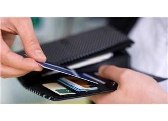 Can Sıkan Uygulama: Hesap İşletim ve Kredi Kartı Kullanım Ücretleri