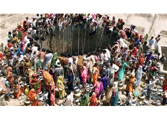 Suya Hasret, İthal Cep Telefonuna Sevdalı Toplumlar