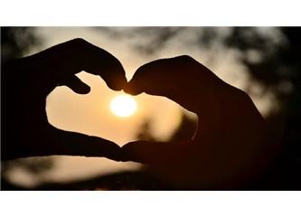 Önce Aşk!