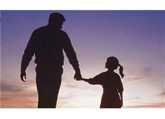 Uzak Şehirlerin Birinde Hala Nefes Alıyorsan Babalar Günü Hediyem Olsun Sana