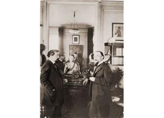 Erik Satie; Tanıdığımız Ancak Bilmediğimiz Marjinal Besteci....
