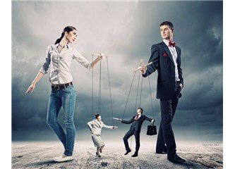 İlişkilerde Duygusal Manipülasyon