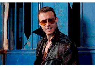 Kerem Bürsin 'Yaşamayanlar'ın Vampir Dmitry'si Olarak Geri Dönüyor!
