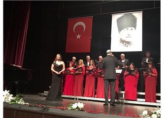 Koro İstanbul'un Sesi Verdiği Konserle Atatürk'e Şükranlarını Sundu