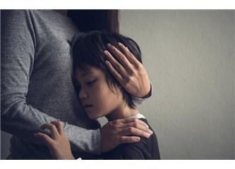 Çocukluk Çağı Olumsuz Yaşantıları Çocuklukta Kalmıyor!