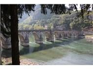 """""""Drina Köprüsü"""" nü bilirsiniz, ya o köprünün Osmanlı ve mimarisinin asaleti olduğunu (1)"""