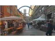 Reval ar şehri kızıl Bologna